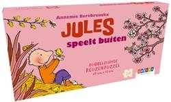 Jules speelt buiten
