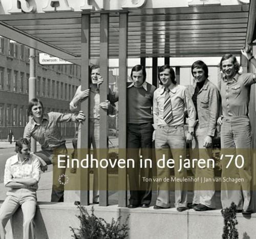 Eindhoven in de jaren '70 Meulenhof, Ton van de