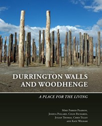 Durrington Walls and Woodhenge -A place for the living Parker Pearson, Mike