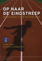 Op naar de eindstreep -Nederlands voor Duitstaligen Taks, Henny