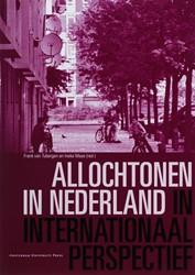 ALLOCHTONEN IN NEDERLAND IN INTERNATIONA -BOEK OP VERZOEK