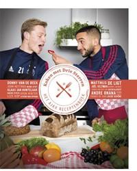 Koken met Drie Sterren -het Ajax Receptenboek Hartog, Lisa