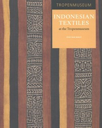 Indonesian Textiles at the Tropenmuseum Hout, Itie van
