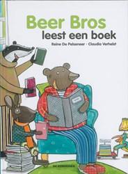 Beer Bros  leest een boek Pelseneer, Reine De