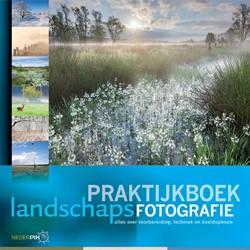 Praktijkboek landschapsfotografie -overbrug de kloof tussen werke lijkheid en foto Schelvis, Jaap