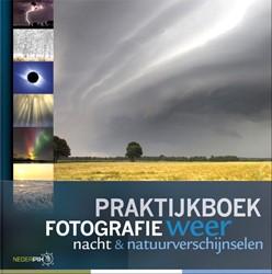 Praktijkboek fotografie, weer, nacht en Broekhuijsen, Karin