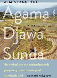 Agama Djawa Sunda -het verhaal van een andersdenk ende groepering in een overweg Straathof, Wim