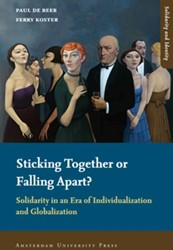 SOLIDARITEIT EN IDENTITEIT STICKING TOGE -SOLIDARITY IN AN ERA OF INDIVI DUALIZATION AND GLOBALIZATION BEER, P. DE