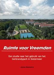 Ruimte voor Vreemden -Een studie naar het gebruik va n het Gerbrandypark in Sloterm Boonstra, Janna