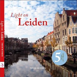 Light on Leiden Driessche, Diana van den