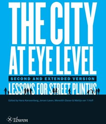 The City At Eye Level -Lessons for street plinths Glaser, Meredith