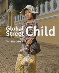 Global Street Child Hendriks, Ton