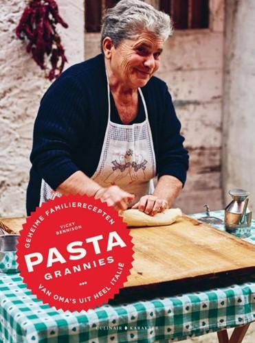 Pasta grannies -Geheime familierecepten van om a's uit heel Italie Bennison, Vicki