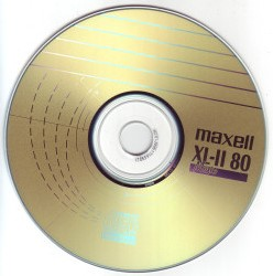 CD, cassette, CD-ROM, DVD, tape, diskette (blanco)