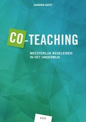 Co-teaching -meesterlijk begeleiden in het onderwijs Koot, Sandra